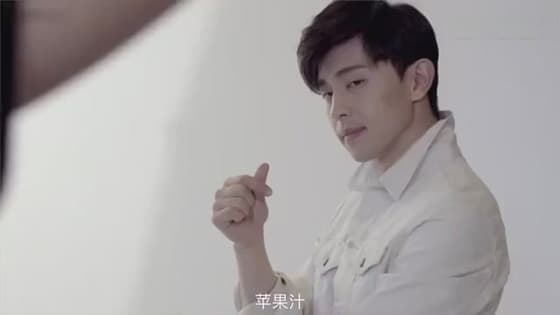 There are three things Denglun has to bring with in make a motion picture,the third one is unexpecte