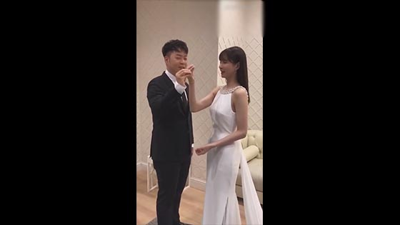 Du Haitao and Shen Mengchen heard that they were going to take a wedding photo. It seems that the 6-year love run has finally been completed.