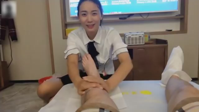 Hunan Crystal Foot Bath Massage:Talk to the new lady and sister about private topics