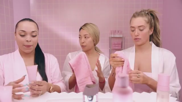 Kylie Skin launches May 22 at 9am pst on KylieSkin.com,now gives my friends a first preview of my Kylie Skin products