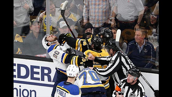 Stanley Cup Final Live Online: Bruins top Blues 4-2, lead Stanley Cup Final 1-0.