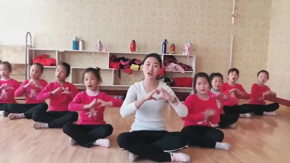 Follow the fairy sister to learn Finger Dance, children can learn while singing!