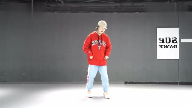 [Wuhan SUP Dance Studio] Awen choreographs the dance