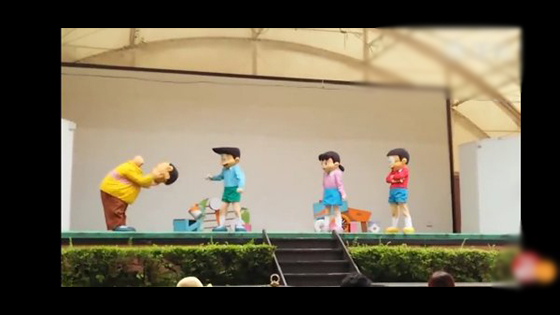 The most horrible live version of Doraemon: on the hot search! Fat tiger head fell to   the ground, attracting users to laugh.