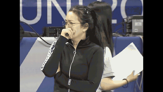 Gong Li appeared at the Chinese women's volleyball training scene.