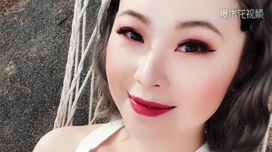 Romantic Rose Makeup Course, Chinese Products can also have an advanced texture