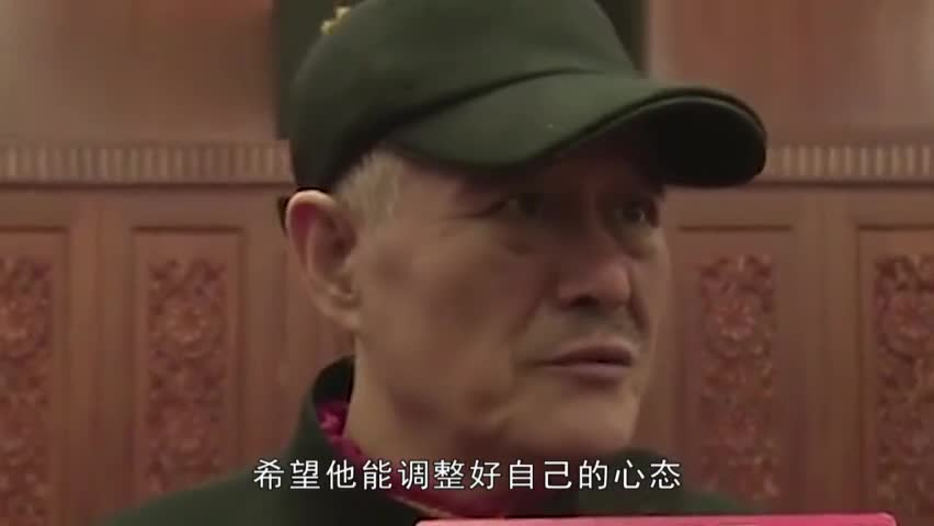 Zhao Benshan has sunned a recent video with gray hair and an old look like 90 old people.