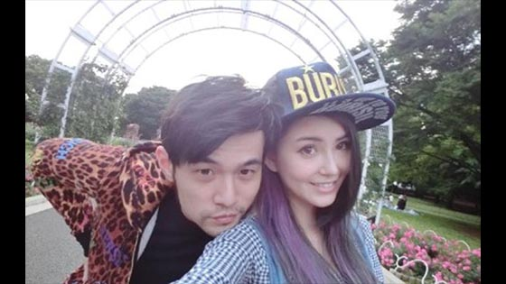 Jay Chou shows love to Hannah Quinlivan with drone- Jay Chou is so romantic.