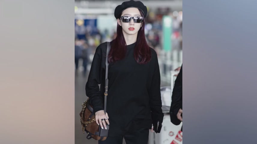 Meng Meiqi Return to China From Milan After Milan Fashion Week
