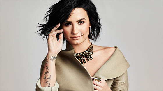 Demi Lovato temporarily leaves - Give Your Heart a Break Live Performance